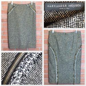 Alexander McQueen wool skirt zippers size 44 Italy